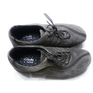 CLARKS WAVE Gray Leather Lace Up Sneakers Size 9.5